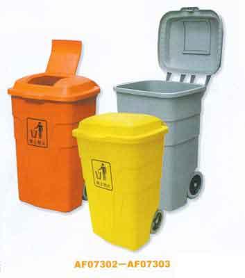 小小的垃圾桶想不到就有这么大的用处,真是不可思议啊!